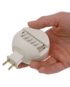 Plug-In Diffuser with 5 Scent Pads