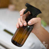 5 Spring Cleaning Spray Recipes